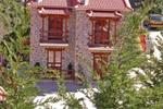VILLA ONEIRO, Traditional Furnished Apartments, Kato Zachlorou, Achaia